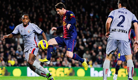 Lionel Messi passed 200 goals in la liga 2013