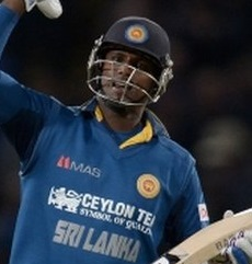 angelo mathews batting