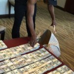 How Much Floyd Mayweather Purse For Berto Fight ?