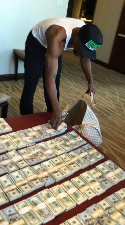 Mayweather vs Berto Purse